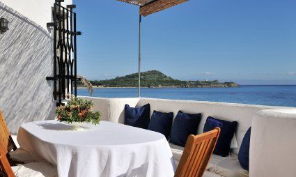 Strandvilla Su Faru: von der Terrasse ins Meer Su Faru 1
