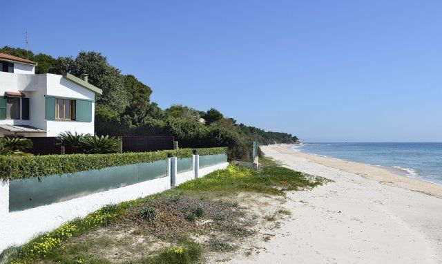 Villa Fernando mit direkter Strandlage